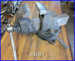 ANTIQUE Tools CHARLES PARKER 973 ½ Swivel or Fixed Base Vise 3-½ Jaws PRISTINE