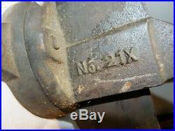 Antique C. PARKER Co. BENCH VISE no. 21x with Swivel Base, 3-1/4 Jaws, Vintage