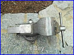 Armstrong Swivel Base Bench Vise, 3-1/2 Jaws, Seldom Seen, USA