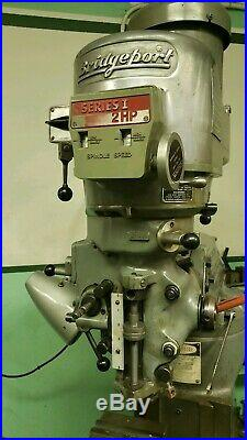 Bridgeport Series I 2hp, 3Ph, 220v 42 Table With Vise + swivel base, & Powerfeed