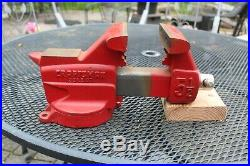 CRAFTSMAN 5-1/2 JAW BENCH VISE withSWIVEL BASE AND PIPE GRIPS 391-5187