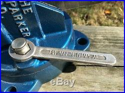 Chas Parker 974 Swivel Base Bench Vise, 4 Jaws, 63 Lbs
