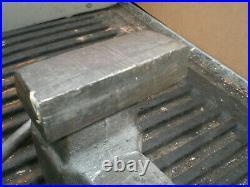 Columbian 6031/2 Machinist Bench Vise 3 1/2 smooth Jaws Swivel Base