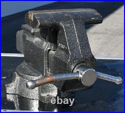 Columbian Heavy Duty D6 6 ½ Jaws Anvil Swivel Base Bench Vise Made U. S. A