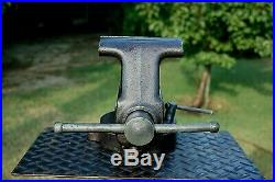 Craftsman 5'' Jaw Bench Vise, Heavy Duty, With Swivel Base & Pipe Grips, 38 Lb Vice