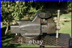 Fuller 4'' Jaw Bench Vise With Swivel Base And Pipe Grips, 25 Lbs Vice. Nice