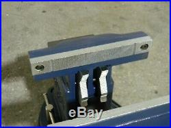 Gibraltar Heavy-Duty Tradesman Vise with Swivel Base & Pipe Jaws 8-1/2 Jaw Width