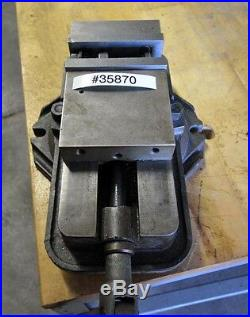 Milling Machine Vise With Swivel Base (Inv. 35870)