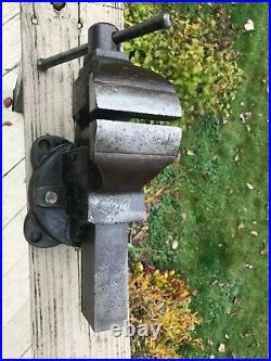 Nice Large 4 Inch CHAS PARKER 974 Swivel Base Bench Vise