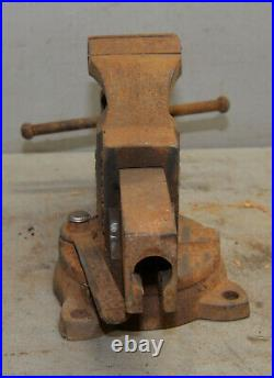 Parker 937-1/2 swivel base bench vise machinist tool 3 1/2 jaw collectible