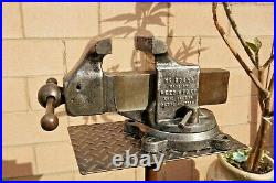 REED MFG. CO No. 204 1/2 R SWIVEL MACHINIST VISE, 4 1/2'' JAWS, 67 LBS, ERIE PA USA