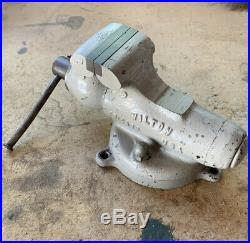 Rare Wilton 825 Toddler Bullet Vise 2 1/2 In. Jaws Early 1946 With Swivel Base