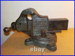 Reed Mfg Co. 203R Bench Machinist Swivel Base Vise 3 Jaws For Restoration