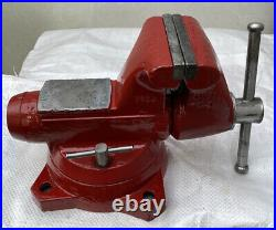 Snap On 5 Bench Vise With Swivel Base And Pipe Jaw Made In USA