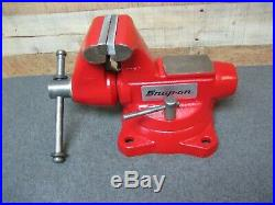 Snap-On by WILTON Model 1750 Bench Vise 5 Jaws with Swivel Base & Pipe Jaws USA