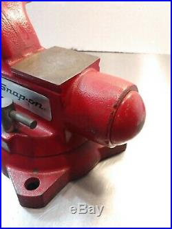 Snap-on Tools 5-1/2 Bench Vise with Swivel Base & Pipe Jaws 6 Opening USA