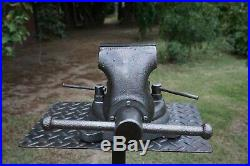 VINTAGE WILTON CHICAGO ILL. 4' JAW BENCH VISE With SWIVEL BASE 51 LBS