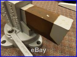 Vintage Antique Chas. Parker Co Vise No. 974 Swivel Base with Original Wrench