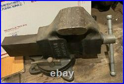 Vintage Big Morgan Milwaukee 4-1/2 Bench Vise With Swivel Base Made In USA