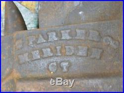 Vintage Charles Parker No. 22 swivel base vise bench mount