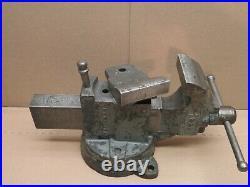 Vintage Chas Parker Swivel Base Bench Vise Swivel Jaw Model 383 1/2 3.5 Jaws
