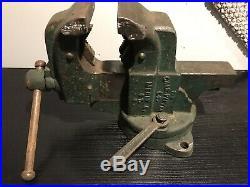 Vintage Huge 76 LB 4 1/2 Inch Chas Parker Meriden CT Swivel Base Vise with Screws