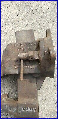 Vintage REED MFG. CO. 404 1/2 Vise. Swivel base 4 1/2 Jaws in Ct