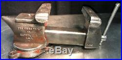 Vintage Ridge Tool Co. 5 Bench Vise #500-R swivel base anvil pipe clamp USA