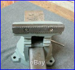 Vintage WILTON Bench Vise with 5 Jaws-Swivel Base & Pipe Jaws