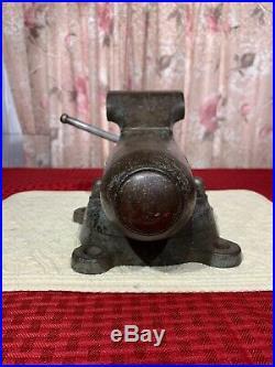 Vintage Wards Master Quality bullet VISE 4 jaw -swivel base blacksmith anvil