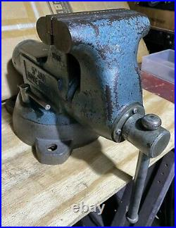 Vintage Wilton 5 Bullet Bench Vise With Swivel Base & Pipe Jaw Made In USA