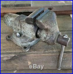 Vintage Wilton 835 No. 4 Bullet Vise With Swivel Base Early 10-46 Stamp
