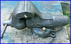 Vintage Wilton 9450 Bullet Vise 4-1/2 Jaws Chicago Swivel Base