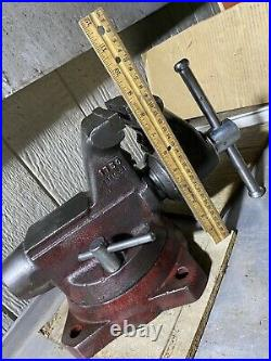 Vintage Wilton Bullet 5 Bench Vise With Swivel Base & Pipe Jaw Made In USA