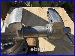 Vintage Wilton Bullet Machinist Vise 4 Jaws Swivel Base Made USA Date 8-77