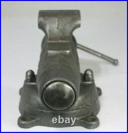 Vintage Wilton Bullet Vise No. 3, Swivel Base, Early Hook Logo, Pat Pend 3 Jaws