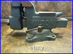 Vintage Wilton Shop Swivel Base Bench Table Vise w Pipe Jaws Made in USA