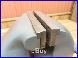 WOW LS Starrett No 926 Swivel Base Bench Vise Huge 6 200 LBS Restoration Video