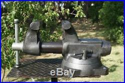 Wilton 1750 Tradesman Vise, 5'' Jaw, With Swivel Base & Pipe Grip, 40 Lb Vice