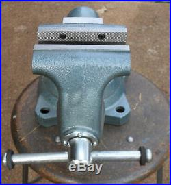 Wilton 1755 5-1/2 Tradesman Bench Vise withSwivel Base 63200 Made in the U. S. A