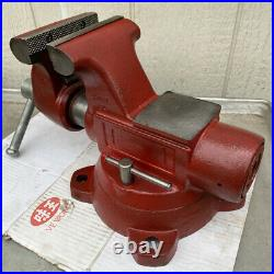 Wilton 5 Bullet Bench Vise With Swivel Base & Pipe Jaw Made In USA