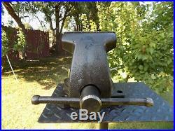 Wilton 745 Mechanics Bench Vise, Swivel Base, 5'' Jaw X 5'' Opening, 48 Lbs Vice