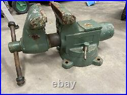 Wilton 8 Tradesman 1780 Vise with swivel base and pipe jaws bullet vice