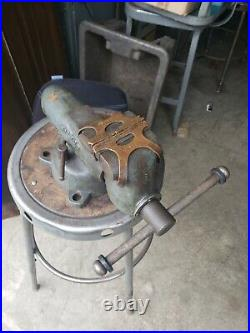 Wilton Bullet Vise 3-1/2 Jaws Swivel Base w Jaw Guards # 101020. Good condition