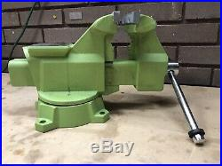 Wilton Vise with Swivel Base & 6-1/2 Jaws Vice Green
