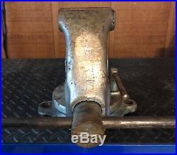 Yost 31C 3-1/2 Heavy Duty Combination Pipe & Bench Vise Swivel Base, used